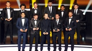 Falto Drogba, Cavani, Suarez y Busquets